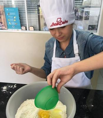 A Arca do sabor oferece oficinas de gastronomia para crianças a partir dos 4 anos de idade (Alessandra Brant/Divulgação)