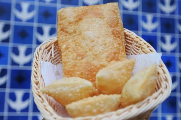 O Pastel Mix é uma das indicações para os brasilienses se deliciarem (Barbara Cabral/Esp. CB/D.A Press)
