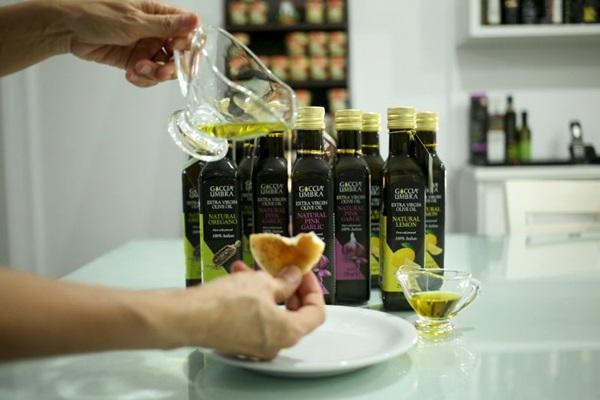 Os azeites aromatizados dão um toque a mais a assados, saladas e massas (Wallace Martins/Esp. CB/D.A Press)
