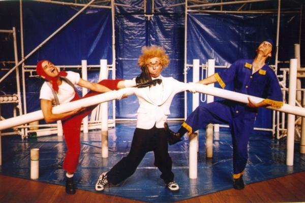 O cano mistura arte circense, teatro e música  (Mila Petrilo/Divulgação)