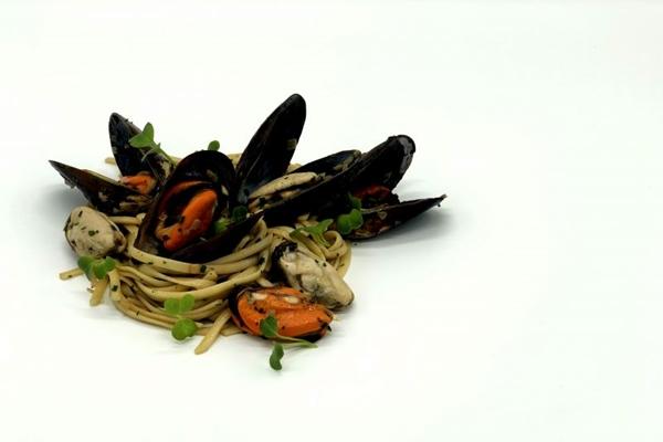 O Ouriço é uma alternativa para os fãs de frutos do mar (Lucas Flores/Divulgação)