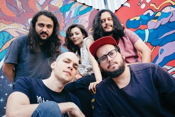 Grupo Carne Doce apresentará os grandes hits da carreira (Rafael Rocha/Divulgação)
