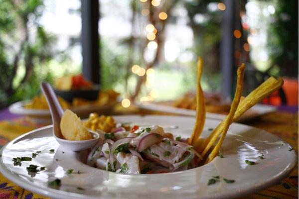 O chef David Lechtig diz que o ceviche demorou a cair no gosto do brasiliense (Ana Rayssa/Esp. CB/D.A Press)