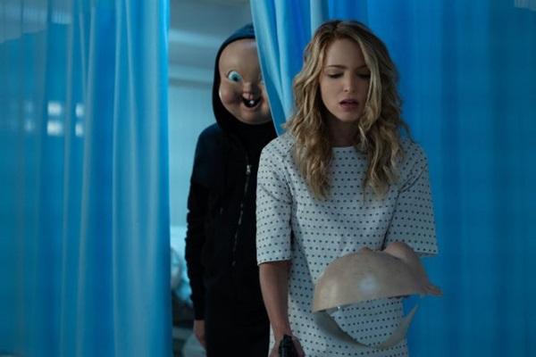 Terror, comédia e ficção científica andam juntos em 'A morte te dá parabéns 2' (Reprodução/Internet)