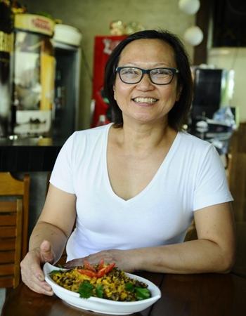 Megume Suda busca oferecer uma comida caseira e de qualidade na Confraria Chico Mineiro (Gilberto Alves/CB/D.A Press)