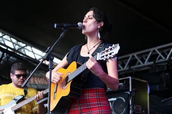 Cantora Helen Dieb (Luciana Ribeiro/Divulgação)