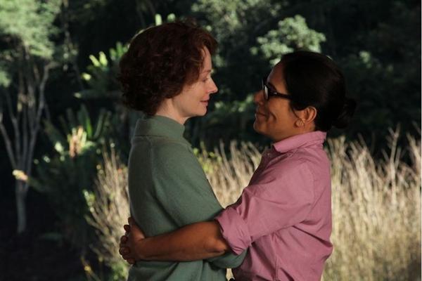 Miranda Otto e Glória Pires vivem um romance nas telonas (Imagem Filmes/Divulgação)