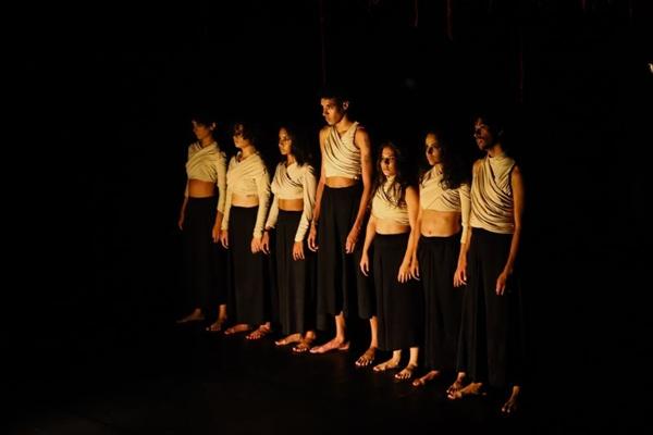 O espetáculo Alamorfia leva teatro a Ceilândia (Lainha Loiola/Divulgação)