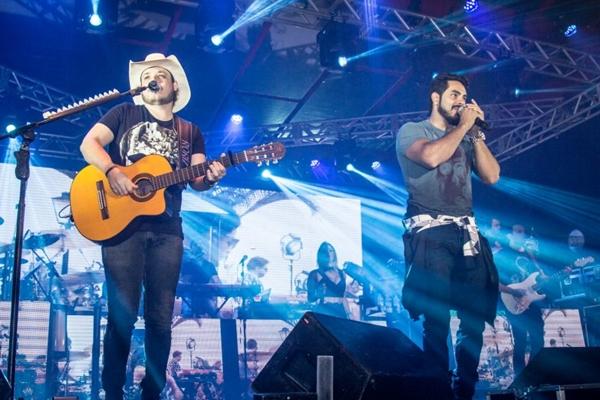 A dupla Israel & Rodolffo tem como um dos maiores sucessos o hit Marca evidente (AnaMorena/Divulgação)