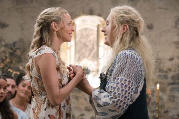 Sophie se inspira em Donna para levar a vida após sua morte (Jonathan Prime/Universal Pictures)