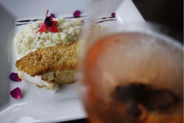 A pescada amarela é escoltada pelo risoto de limão siciliano no 360 Cozinha Contemporânea (Ana Rayssa/Esp. CB/D.A Press)