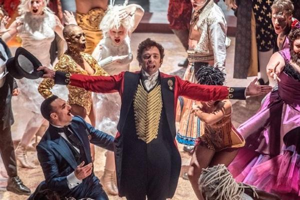 A história do circo passeia entre o real e o fantasioso em 'O rei do show' (Fox Film do Brasil/Divulgação)