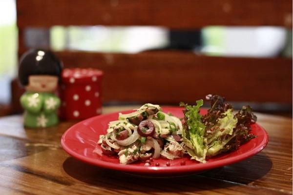 Salada de sardinha é uma das receitas da chef Daniela (Vinicius Cardoso Vieira/CB/D.A Press)