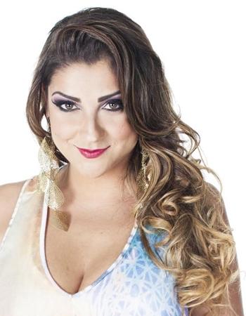 Deborah Vasconcellos é a grande atração da primeira edição do Samba simpatia (Karina Santiago/Divulgação)