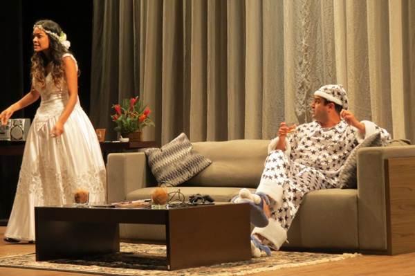 'Casar pra quê?' brinca com a ideia do casamento (Deca Produções/Divulgação)