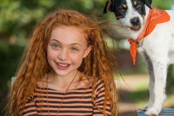 A protagonista Lilli tem o dom de falar com os animais (VelvetFilms/Divulgacao)