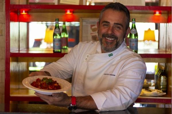 Alexandre Albanese coloca referências dos EUA no Nossa Cozinha Bistrô (Vinicius Cardoso/Esp. CB/D.A Press)