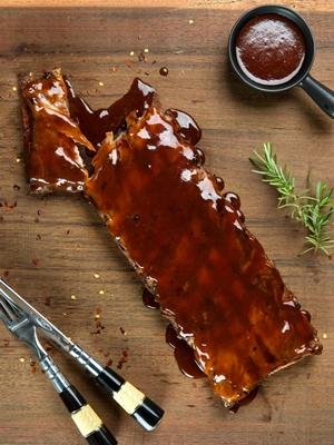 Costelinha com barbecue é destaque na culinária dos EUA (Andreia Marlière/Divulgação)