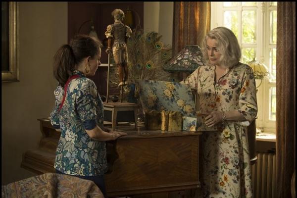 Acerto de contas entre mãe e filha em 'A última loucura de Claire Darling' (A2 Filmes/Divulgacao)