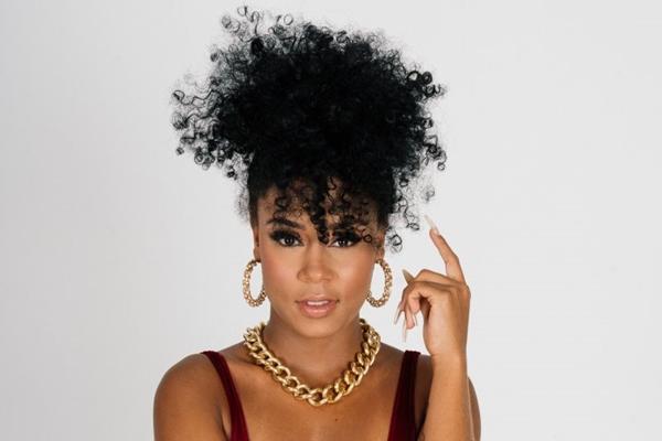 MC Rebecca: funk em 150 BPM no Victoria Haus (Makossa/Divulgacao)
