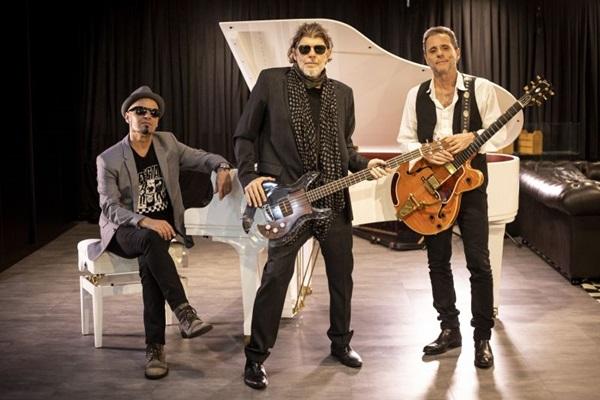 Tony Belloto, Sérgio Britto e Branco Mello apresentam repertório dos Titãs em formato acústico  (Silmara Ciuffa/Divulgação)