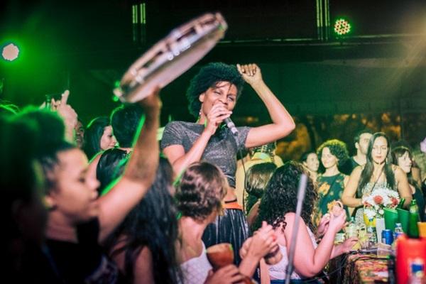 Grupo Mulheres de Samba reúne mulheres sambistas de Brasília (Jacqueline Lisboa/Divulgação)