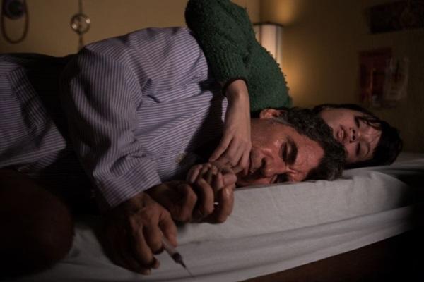 Cláudia Mello e Paulo Betti: à frente de casamento ameaçado, no drama assinado por Alain Fresnot (Aline Arruda/Divulgação)