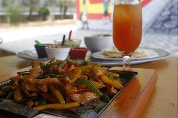 Pratos de pollo mexicano ganham versões brasileiras no Cozumel Mex Bistrô (Ana Rayssa/CB/D.A Press)