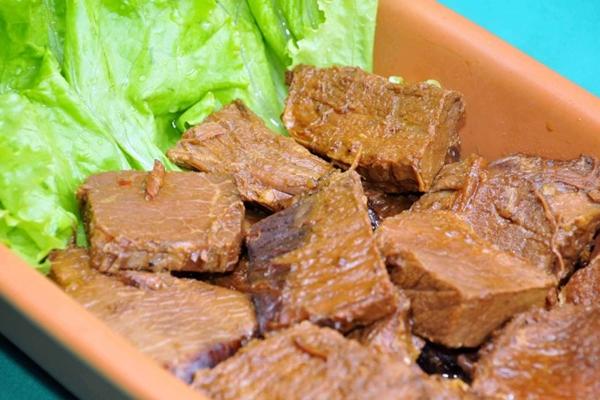 Carne assada com gosto de casa e de Nordeste é no Restaurante Tia Zélia (Antonio Cunha/Esp. CB/D.A Press)