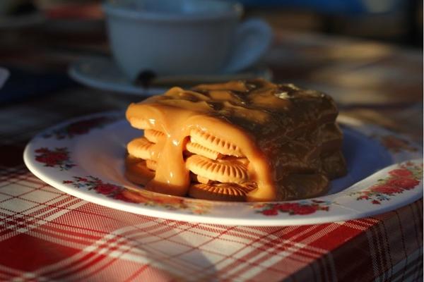 No Cobogó, o bolo de bolacha: receita da infância da proprietária (Barbara Cabral/Esp. CB/D.A Press)