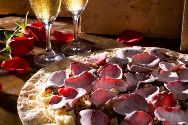 Além do sabor, a beleza da pizza também conquista os clientes (Pedro Nossol/Divulgação)