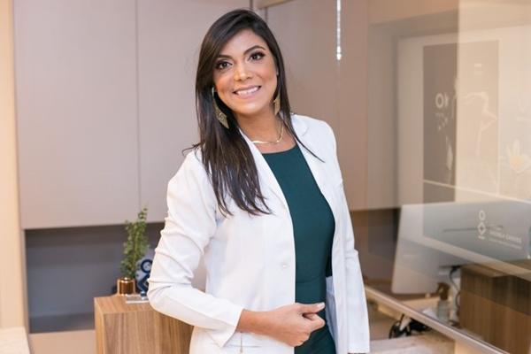 Carla de Castro destaca os benefícios da banana (Rayan Ribeiro/Divulgação)