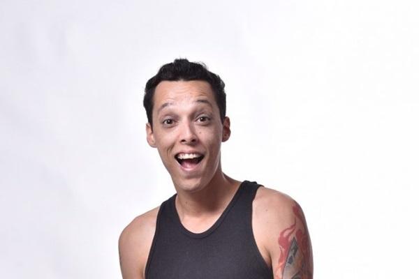 Humorista Nil Agra retorna a Brasília com o espetáculo inédito 'Eu e Tatiana' (Luis França/Divulgaçao)