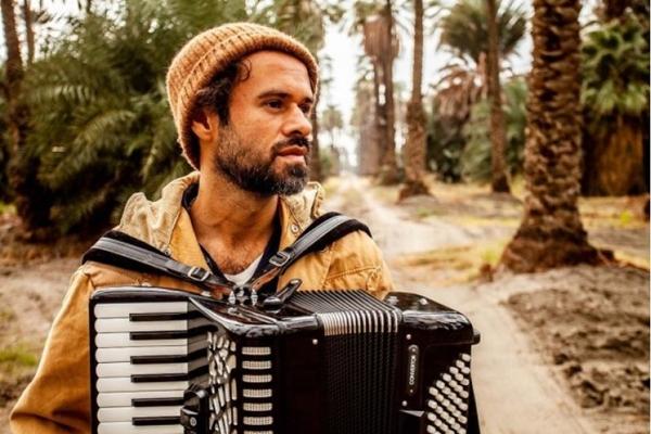 O paulista é dono de canções como 'Redenção' e 'Oxente' ( Instagram/ Reprodução)
