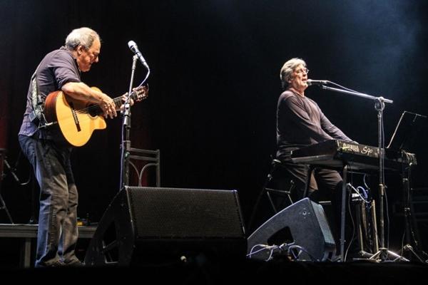 A dupla apresenta sucessos que marcaram a MPB (Gustavo Frison/Divulgação)