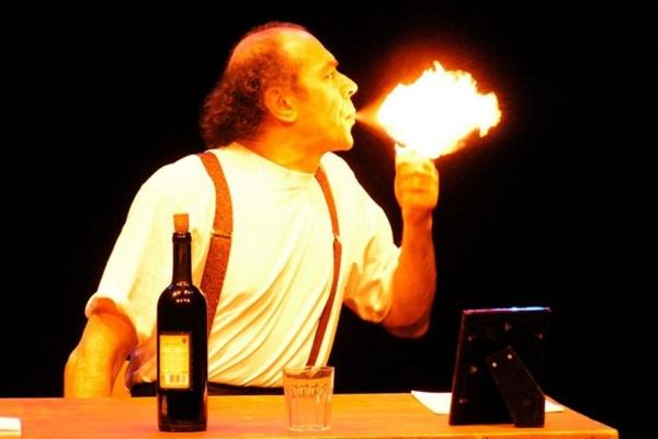 'The Letter', com o italiano Paolo Nani, alçou o monólogo ao sucesso e percorreu 38 países  (Tato Comunicação/Divulgação)