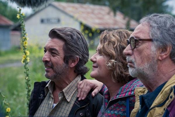 Ricardo Darín, Verónica Llinás e Luís Barndoni são intérpretes dos personagens que encabeçam plano de justiçamento, na Argentina de 2001 (Warner Bros. Pictures/Divulgação)