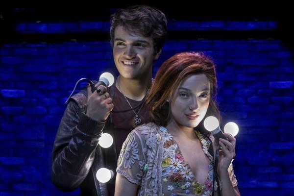 Daniel Haidar e Isabel Barros vivem os protagonistas Gabriel e Leona (Victor Hugo Cecatto/Divulgação)