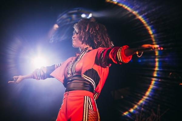 Brasília recebe mais uma edição do festival FYAH %u2014 Cultura black, e Negra Li é uma das atrações (Pamela Martins/Divulgação)