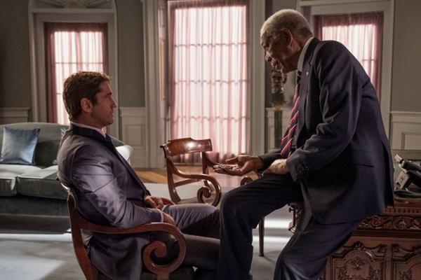 Os premiados Gerard Butler e Morgan Freeman são os personagens centrais de 'Invasão ao serviço secreto' (Imagem Filmes/Divulgação)