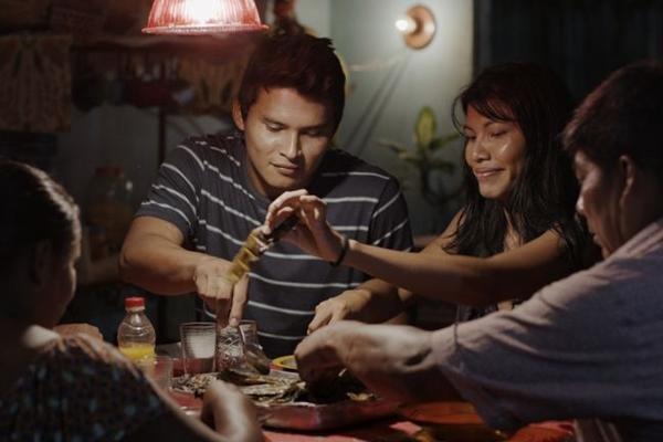 'A febre' é um dos filmes que participa da Mostra Competitiva de Longas (Vitrine Filmes/Divulgação)