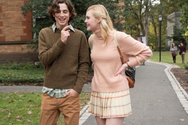 Timothée Chalamet e Elle Fanning em cena do mais recente filme de Woody Allen (Imagem Filmes/Divulgação)