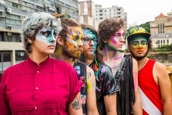 A banda Francisco, El Hombre apresenta novo disco: RASGACABEZA (Rodrigo Gianesi/Divulgacao)