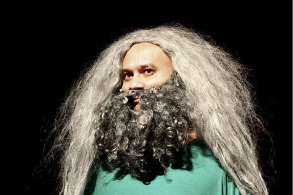 Com ares de Natal, Os Melhores do Mundo apresentam o divertido espetáculo 'Dingou béus' neste fim de semana (Nicolau ElMoor/Divulgação)