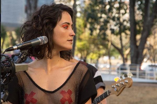 A atriz e instrumentista Ayla Gresta: participação forte no terceiro longa de Gustavo Galvão  (Mauricio Chades/Divulgação)