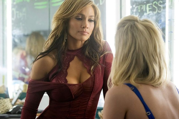 Jennifer Lopez é a estrela em destaque no novo filme de Lorene Scafaria: 'As golpistas' (Diamond/Divulgação)