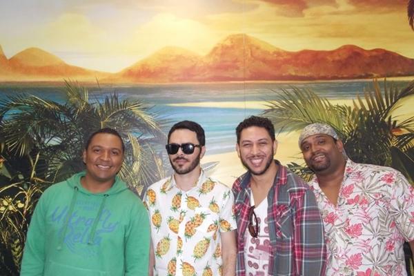 De São Paulo, o Quarteto de São Jorge traz para Brasília, pela primeira vez, a festa Tu vens, Tu vens, na Cervejaria Criolina, no Guará (Ana Paula Meira Barros/Divulgação)