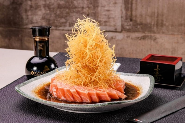 As receitas com peixes crus são uma marca da cozinha japonesa que não pode faltar no Soho (Guilherme Teixeira/Divulgação)