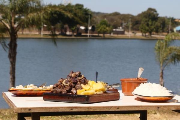 Vista e comida boa são a pedida no Bar do Neguinho (Rodrigo Nunes/Esp. CB/D.A Press )