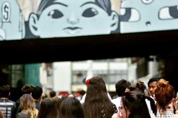 O Grafitti Tour ocorre aos sábados de janeiro, às 15h, com entrada franca (Adauto Menezes/Divulgação)